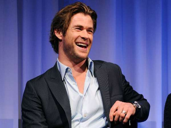 Wajah Sumringah Chris Hemsworth