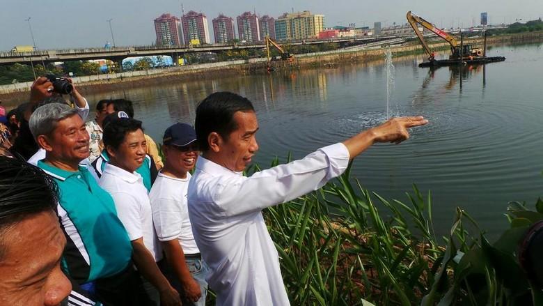 Jokowi: Waduk Ria Rio akan Kita Beningkan