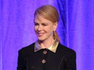 Black And Gold Nicole Kidman