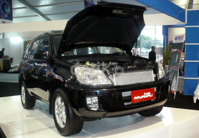 Dua Mobil Esemka Buai Warga Jakarta