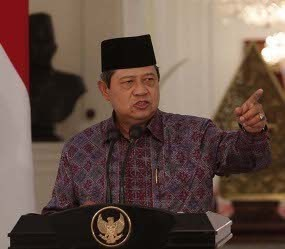 Ketika Presiden SBY Marah Dituding Kenal Bunda Putri oleh Luthfi Hasan