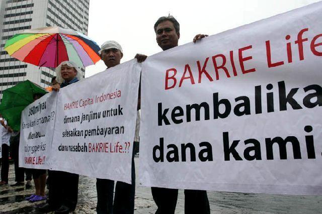 Foto: Demo Nasabah Bakrie Life (dok.detikFinance)