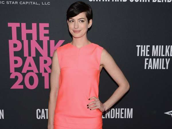 Pretty in Pink Anne Hathaway