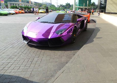 Harga Lamborghini Peserta Konvoi Tembus Rp 15 Miliar on