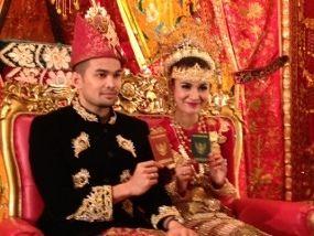 Sah! Shireen Sungkar dan Teuku Wisnu Resmi Menikah