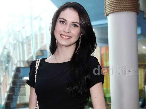 Arumi Bachsin Makin Cantik