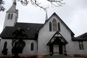 Unik! Ada Gereja Kayu di Balige, Samosir