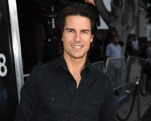 Sudah 1 Tahun Lebih Menduda, Kini Tom Cruise Punya Pacar?