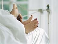 Saat Bercinta, Pria Dua Kali Lebih Rentan Cedera Ketimbang Wanita