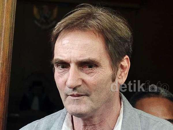 Ayah Asmirandah Jadi Saksi Sidang Pembatalan Nikah