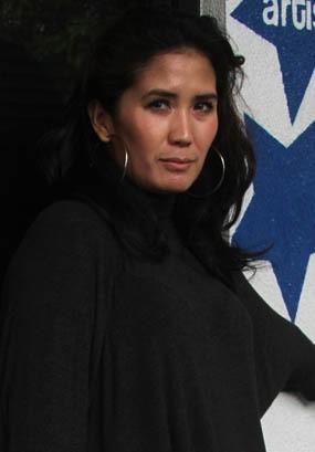 Nicky Astria, Lady Rocker yang Pilih Jadi Ibu