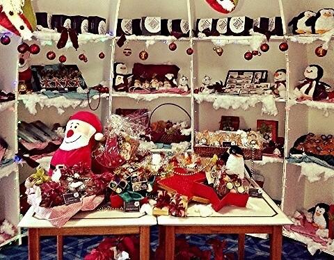Sambut Natal, Hotel Century Park Hadirkan Rumah Igloo