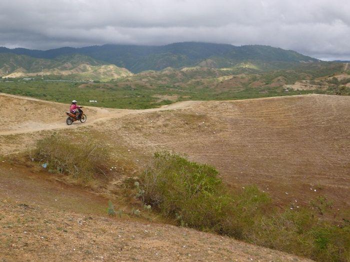 Jabal Nur Jadi Tempat Motor Cross Di Palu