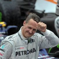 Schumacher dan Kecelakaan: Dari Lampu Jalan, Motor 1000 cc, Sampai Ski