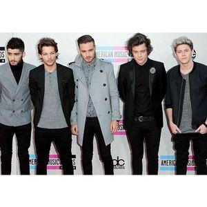 One Direction Rilis Kacamata Khusus untuk Para Directioners