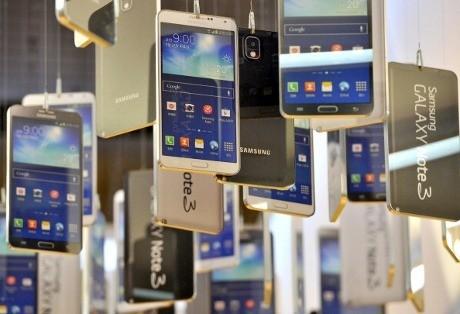 Android Rebut Tahta Ponsel Sejuta Umat