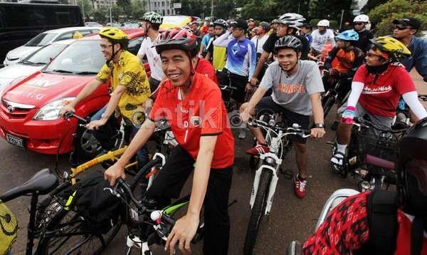 Besok, Jokowi Balapan dengan Valentino Rossi dan Jorge Lorenzo