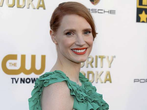 Jessica Chastain di Red Carpet CCA 2014