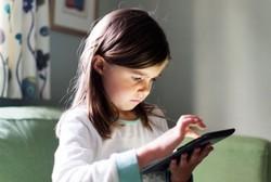 Bukan Kepo Lho! Psikolog Anjurkan Ortu Follow Anak di Twitter