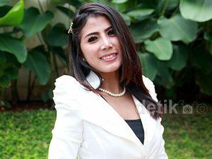 Model Seksi Destiara Talita Pensiun Foto Hot