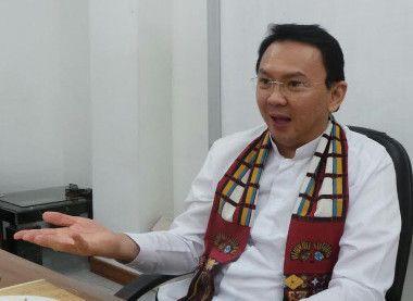 Ahok Bakal Beton Semua Jalan Jakarta yang Bolong, 6 Jam Langsung Kering