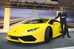 Lamborghini Huracan Meluncur