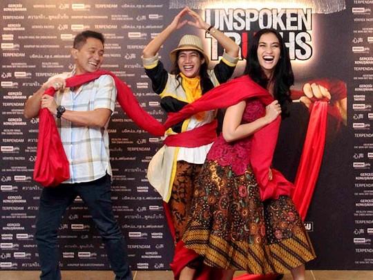 Suasana Perilisan Film Kebaya Pengantin Nia Dinata di Malaysia