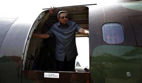 Bandara Riau Belum Clear dari Kabut Asap, Pesawat SBY Landing di Batam