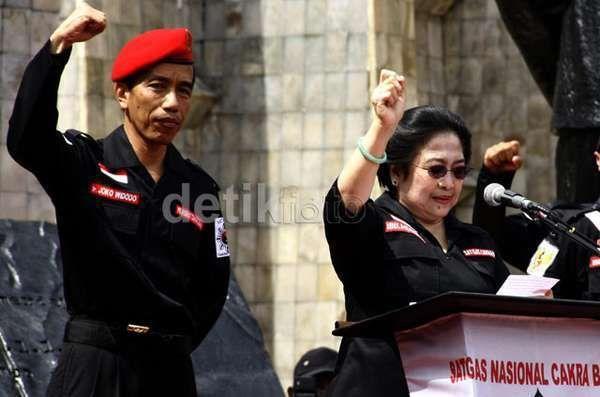 Jawaban PDIP Atas Kritik Pencapresan Jokowi