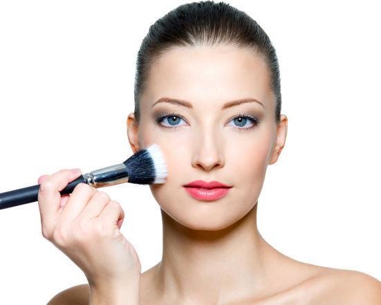 dc112c659d2 Penelitian: Pria Lebih Suka Wanita yang Pakai Make-up Tipis