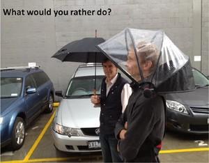 Nubrella, Payung Hands-free Bisa Bebas Pakai Gadget Saat Hujan