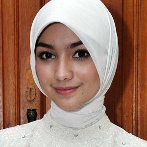 Citra Kirana Tak Mau Umbar Soal Asmaranya dengan Ali Syakieb