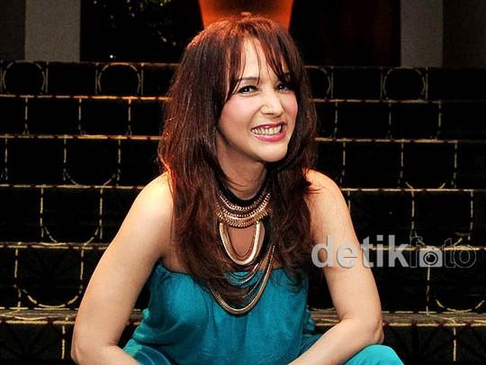 Kiki Fatmala Makin Cantik di Usia 44 Tahun