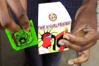 Spangler menuturkan bahwa sebagian anak muda enggan membeli kondom secara langsung ke apotek atau toko yang menjual karena masih merasa malu. Dengan adanya desain warna-warni ini, diharapkan bahwa tingkat penjualan kondom akan naik. Sekilas memang tidak terlihat bahwa gambar ini adalah bungkus dari kondom. (Foto: CAFS)