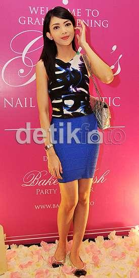 Ririn Dwi Ariyanti si Ibu Cantik