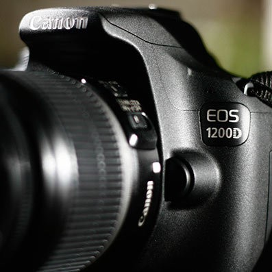 Canon EOS 1200D: DSLR Murmer yang Minim Fitur