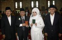 Melihat Suasana Pernikahan KH Maruf Amin yang Mendekatkan 2 Cawapres