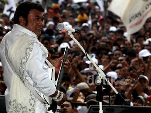 Rhoma Hibur Pendukung Prabowo-Hatta di Sentul