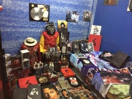 Fadly Jackson Koleksi Baju Hingga Surat Nikah Michael Jackson
