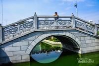 Jembatan cantik khas Tiongkok