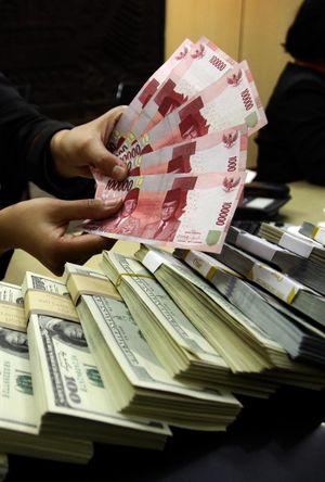 Jokowi-JK Menang di Hitung Cepat, Dolar Besok Turun ke Rp 11.300