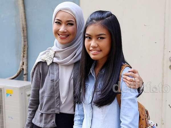 Alya Rohali dan Putri Kesayangannya