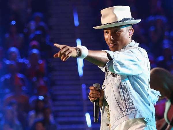Pharrell Williams Bikin Suasana KCS Awards 2014 Makin Happy