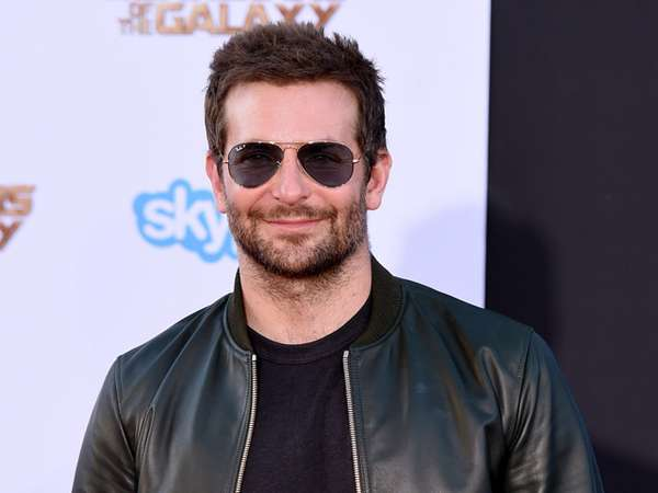 Bradley Cooper Kasual di Premiere Guardians Of The Galaxy