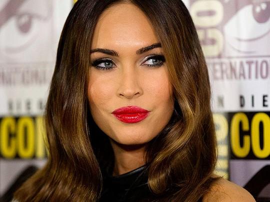 Bibir Seksi Megan Fox
