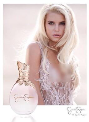 Jessica Simpson Seksi di Iklan Parfum Terbaru