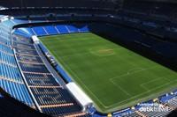 Interior Stadion Santiago Bernabeu yang megah
