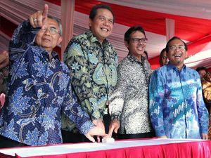 CT Resmikan Pembangunan Jalan Padang Bypass