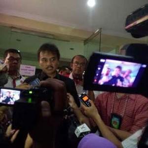 Kronologi Penipuan Online Yang Dialami Roy Suryo