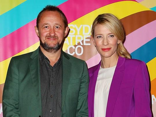 Cate Blanchett Tampil Penuh Warna dengan Suami